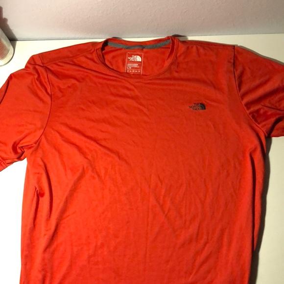 4e2347e74 North Face dri fit shirt